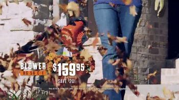 STIHL TV Spot 'Real People: Jen and Justin: Blower and Chainsaw' - Thumbnail 6