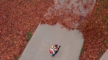 STIHL TV Spot 'Real People: Jen and Justin: Blower and Chainsaw' - Thumbnail 9