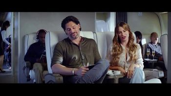 Hulu TV Spot, 'Never Fly First Class' Featuring Sofia Vergara, Joe Manganiello - Thumbnail 4