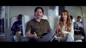 Hulu TV Spot, 'Never Fly First Class' Featuring Sofia Vergara, Joe Manganiello - Thumbnail 5