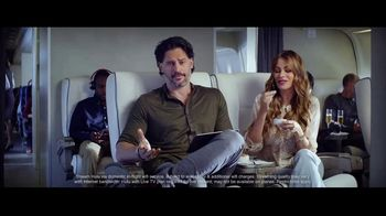 Hulu TV Spot, 'Never Fly First Class' Featuring Sofia Vergara, Joe Manganiello - Thumbnail 7