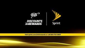Sprint Unlimited 55+ TV Spot, 'Aunt Katy: AAA' - Thumbnail 10