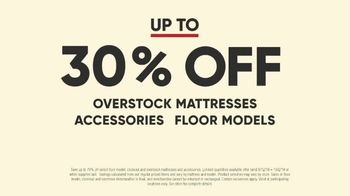 Mattress Firm Model Closeout Event TV Spot, 'Save on Overstock' - Thumbnail 2