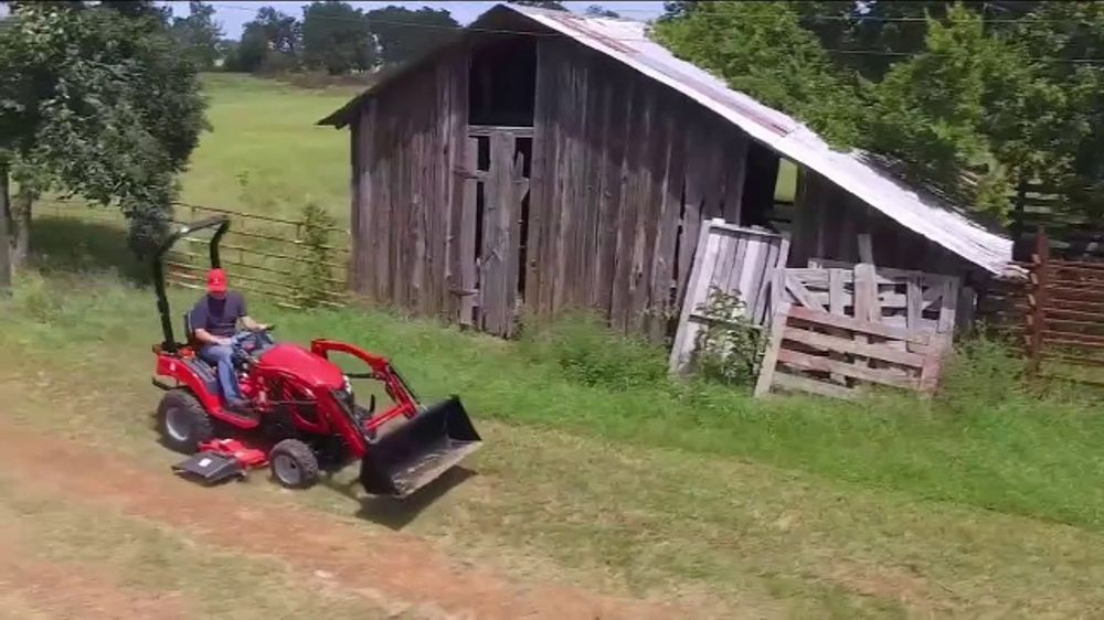 Mahindra eMax 20S HST TV Commercial, 'More Tractor for Less'