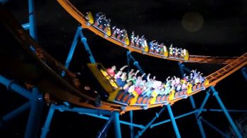 Six Flags Fright Fest Opening Sale TV Spot, 'Unleash the Terror' - Thumbnail 6