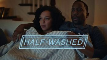 Downy Fabric Conditioner TV Spot, 'Half-Washed: Binge Watching Blanket'