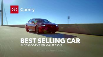 2018 Toyota Camry TV Spot, 'Best Selling Car' Song by Chase Rice [T2] - Thumbnail 3