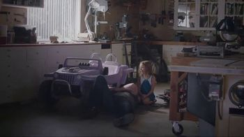 Whirlpool Smart Range TV Spot, 'Care From Anywhere: Car Repair' - Thumbnail 2