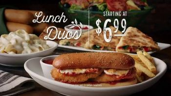 Olive Garden Lunch Duos TV Spot, 'Get in for Lunch' - Thumbnail 10