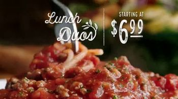 Olive Garden Lunch Duos TV Spot, 'Get in for Lunch' - Thumbnail 4