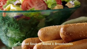 Olive Garden Lunch Duos TV Spot, 'Get in for Lunch' - Thumbnail 8