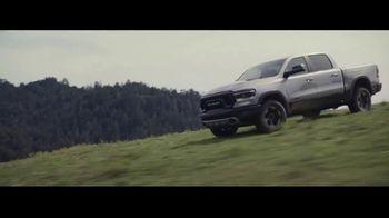 Ram Trucks 4th of July Sales Event TV Spot, 'Show Up' [T2] - Thumbnail 7