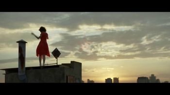 Macy's Venta del 4 de Julio TV Spot, 'Tu versión extraordinaria' [Spanish] - Thumbnail 10