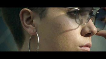 Macy's Venta del 4 de Julio TV Spot, 'Tu versión extraordinaria' [Spanish] - Thumbnail 3