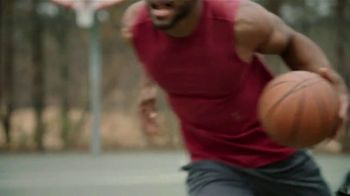 Icy Hot Lidocaine No Mess TV Spot, 'Penetrates Quick' Ft. Shaquille O'Neal - Thumbnail 10