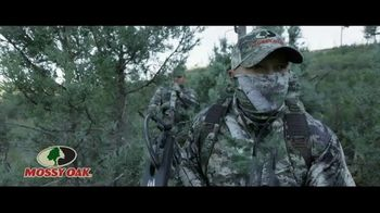 Mossy Oak Mountain Country TV Spot, 'Out Do Nature' - Thumbnail 1