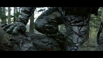 Mossy Oak Mountain Country TV Spot, 'Out Do Nature' - Thumbnail 3