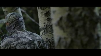 Mossy Oak Mountain Country TV Spot, 'Out Do Nature' - Thumbnail 5