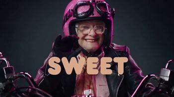 Dunkin' Donuts Brown Sugar Cold Brew TV Spot, 'Bold Meets Sweet' - Thumbnail 7