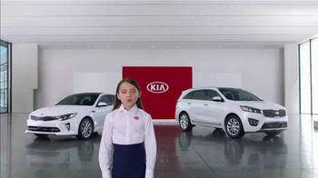 Kia America's Best Value 4th of July Event TV Spot, 'Hamburgers: Whole Lot of Hamburgers' [T2] - Thumbnail 1