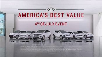 Kia America's Best Value 4th of July Event TV Spot, 'Hamburgers: Whole Lot of Hamburgers' [T2] - Thumbnail 7