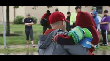 T-Mobile TV Spot, 'Hats Off: Team Rubicon' Featuring Bryce Harper - Thumbnail 6