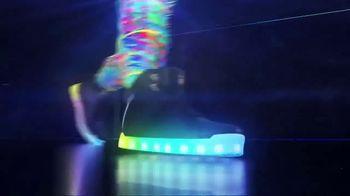 SKECHERS Energy Lights 2.0 TV Spot, 'Upgraded' - Thumbnail 7