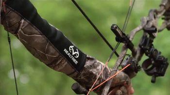 Realtree EZ Hanger TV Spot, 'Arm's Length' - Thumbnail 6