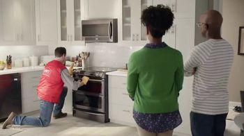 Lowe's 4th of July Savings TV Spot, 'The Moment: Appliances' - Thumbnail 7