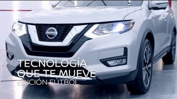 2018 Nissan Rogue TV Spot, 'Mantener la distancia' con Manuel Sol [Spanish] [T1] - Thumbnail 1