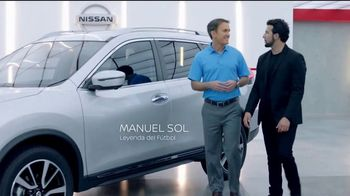 2018 Nissan Rogue TV Spot, 'Mantener la distancia' con Manuel Sol [Spanish] [T1] - Thumbnail 3