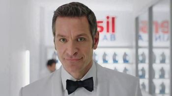 Persil ProClean 2in1 Odor Fighter TV Spot, 'Working Hard' Ft. Peter Hermann - Thumbnail 3