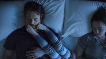 Havertys Independence Day Mattress Sale TV Spot, 'Crowded Bed' - Thumbnail 2