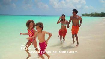 Nassau Paradise Island TV Spot, 'Follow Me' - Thumbnail 7