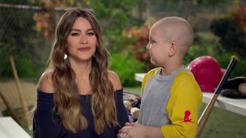 St. Jude Children's Research Hospital TV Spot, 'Join Sofia Vergara This Holiday Season to Help Kids Fight Cancer' - Thumbnail 3