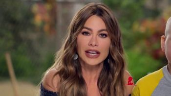 St. Jude Children's Research Hospital TV Spot, 'Join Sofia Vergara This Holiday Season to Help Kids Fight Cancer' - Thumbnail 6