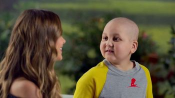 St. Jude Children's Research Hospital TV Spot, 'Join Sofia Vergara This Holiday Season to Help Kids Fight Cancer' - Thumbnail 9
