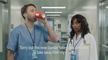 Dunkin' Donuts $2 Medium Cappuccinos and Lattes TV Spot, 'Subtitles' - Thumbnail 4
