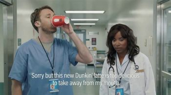 Dunkin' Donuts $2 Medium Cappuccinos and Lattes TV Spot, 'Subtitles' - Thumbnail 5