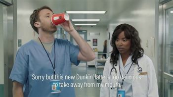 Dunkin' Donuts $2 Medium Cappuccinos and Lattes TV Spot, 'Subtitles' - Thumbnail 6