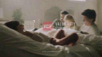 Value City Furniture Black Friday Sale TV Spot, 'Memory Foam Mattress' - Thumbnail 8