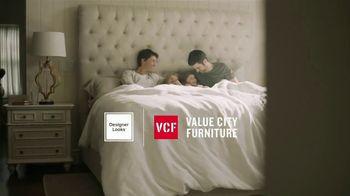 Value City Furniture Black Friday Sale TV Spot, 'Memory Foam Mattress' - Thumbnail 2