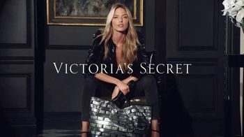 Victoria's Secret TV Spot, 'Must-Have Tote of the Season' - 71 commercial airings