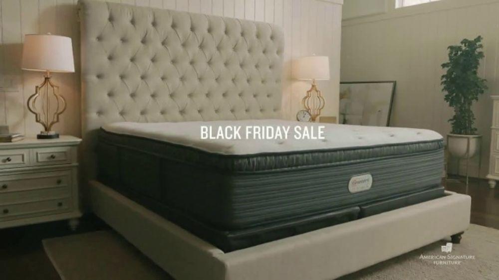 American Signature Furniture Black Friday Sale TV Commercial, 'Free Adjustable Base'