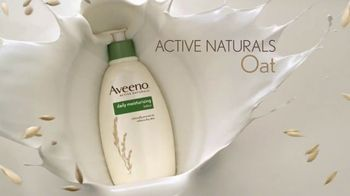Aveeno Daily Lotion TV Spot, 'Time is Valuable' Featuring Jennifer Aniston - Thumbnail 4