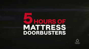 Ashley HomeStore Black Friday TV Spot, 'Five Hours of Mattress Doorbusters' - Thumbnail 3
