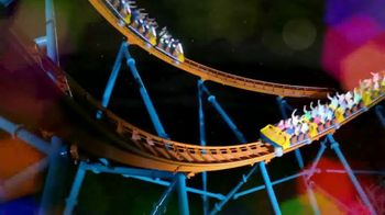 Six Flags Cyber Sale TV Spot, 'Holiday in the Park: Free Parking Pass' - Thumbnail 5