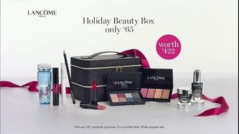 Lancôme La Vie est Belle TV Spot, 'Holiday Beauty Box' Featuring Julia Roberts, Song by Josef Salvat - Thumbnail 10