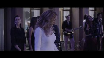 Lancôme La Vie est Belle TV Spot, 'Holiday Beauty Box' Featuring Julia Roberts, Song by Josef Salvat - Thumbnail 3