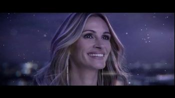 Lancôme La Vie est Belle TV Spot, 'Holiday Beauty Box' Featuring Julia Roberts, Song by Josef Salvat